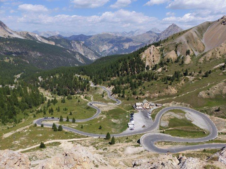 http://www.fou-de-voyage.com/photo/concours/grande/20200703453-les-routes.jpg