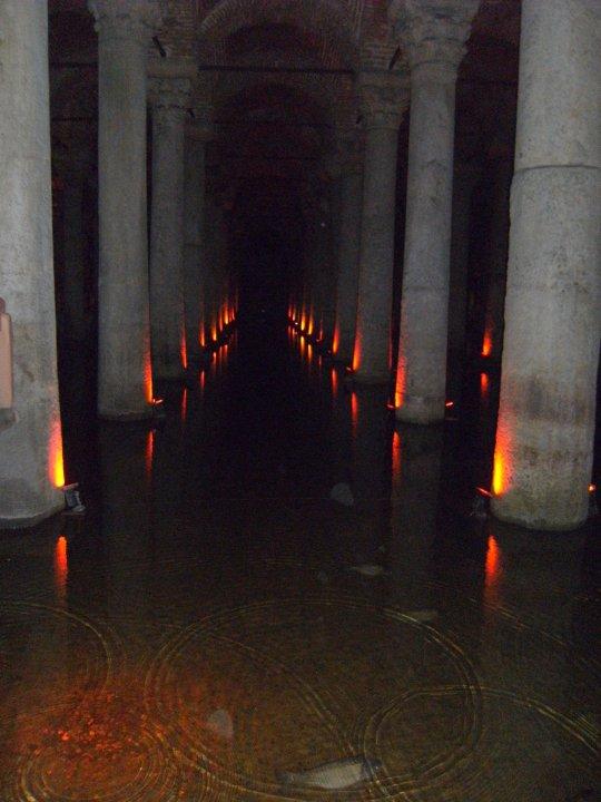 Palais l'origine Zeuxippe de Cette suite fut Grand elle Par le 70 alimentait et bains large m byzantine utilisée 140 longue et citerne les à de la de RH7rxRZq