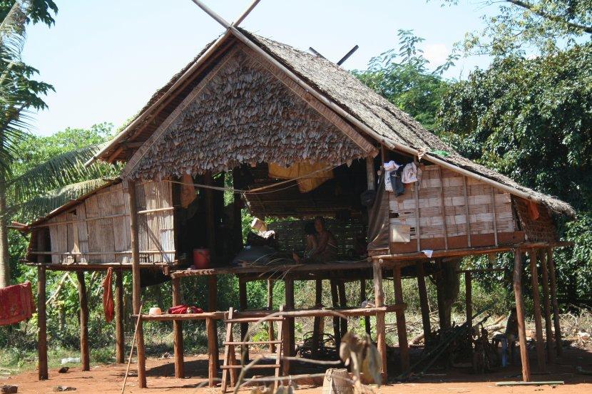 Photo de voyage au cambodge n 38 maison traditionnelle for Maison traditionnelle laos