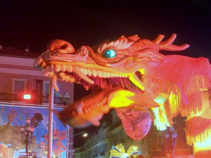 Photo de voyage en france n 5 le dragon chinois - Photo de dragon chinois ...